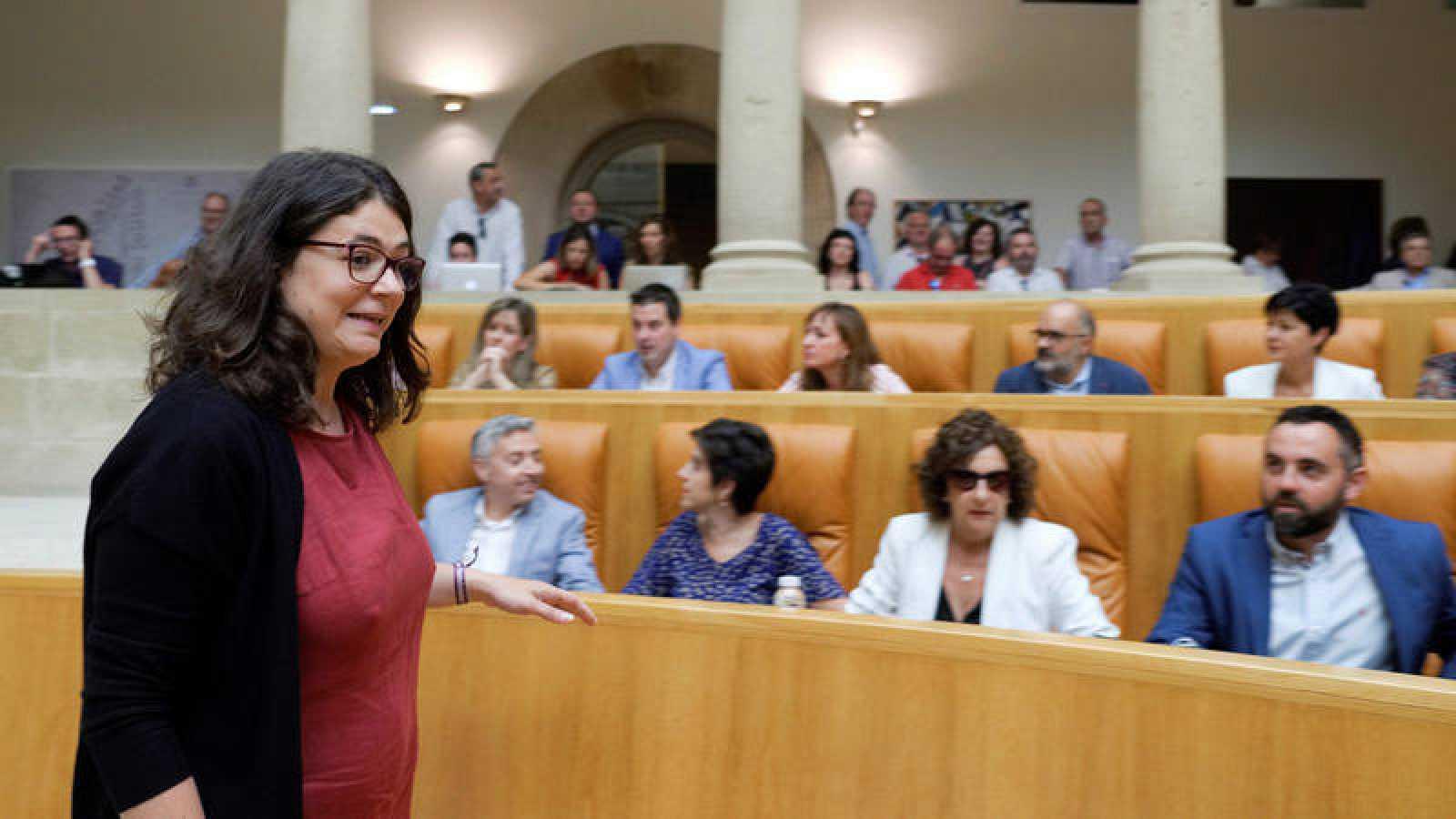 Podemos impide la investidura de la candidata socialista en La Rioja y ataca a Sánchez